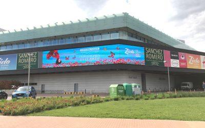 Zielo Shopping se renueva visualmente con una pantalla Led exterior de 82 m2 y 7000 nits de brillo